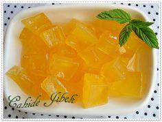 kabak reçeli Fruit Recipes, Pumpkin Recipes, Dessert Recipes, Cooking Recipes, Desserts, Pumpkin Jam, Macedonian Food, Vegetable Drinks, Turkish Recipes