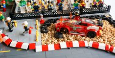 Lego Ferrari Crash Red Bull F1, Lego Speed Champions, Lego Room, Lego Projects, Cool Lego, Lego City, Stop Motion, Legos, Race Cars