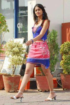 Ileana d cruj thigh at DuckDuckGo Indian Bollywood Actress, Bollywood Girls, Beautiful Bollywood Actress, Bollywood Fashion, Beautiful Actresses, Indian Actresses, Bollywood Heroine, Beautiful Girl Indian, Most Beautiful Indian Actress