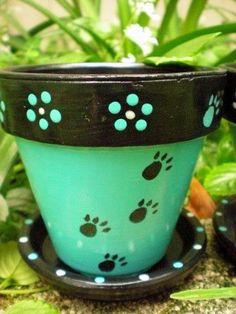 Cute Terra Cotta Pot for Pet People Flower Pot Art, Flower Pot Design, Flower Pot Crafts, Terracotta Flower Pots, Clay Flower Pots, Clay Pots, Flower Pot People, Clay Pot People, Clay Pot Projects