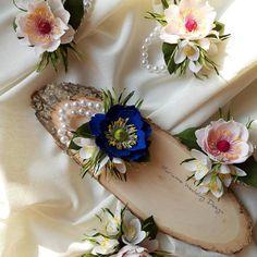 """115 aprecieri, 2 comentarii - Marianne (@marianneweddingdesign) pe Instagram: """"Corsaj pentru domnișoare de onoare  #weddingflower#corsage #crepepaperflowers #creative #wedding…"""" My Flower, Flowers, Instagram, Royal Icing Flowers, Flower, Florals, Floral, Blossoms"""
