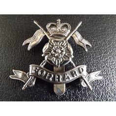 Queens's Own YORKSHIRE YEOMANRY Cap Badge at http://www.dadsarmymilitaria.co.uk/