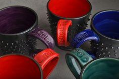 gamer-dangerously-spiky-mugs-symmetrical-pottery05.jpg (640×427)