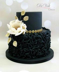 By DeVoli Cakes