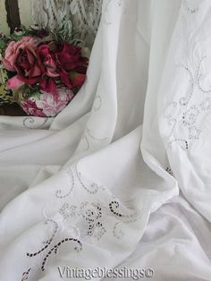 """Gorgeous! Antique Embroidered Linen & Roses Filet Lace Tablecloth 66"""" x 63""""  Vintageblessings"""