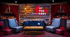 Red and Blue Living Room New Million Dollars but the Game Rooster Teeth Studio Decor, Home Studio Setup, Music Studio Room, Studio Design, Podcast Setup, Podcast Ideas, Home Studio Musik, Recording Studio Setup, Arquitetura