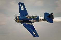 """Glorioso """"T-6"""" (AT-6 Texan), utilizado para acrobacias por anos e anos pela nossa Esquadrilha da Fumaça, avião de grande manobrabilidade e potência!"""