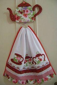 pano de prato e porta pano de prato Dish Towels, Hand Towels, Tea Towels, Fabric Crafts, Sewing Crafts, Sewing Projects, Quilt Patterns, Sewing Patterns, Coat Patterns