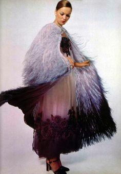 Guy Laroche dress, L'officiel magazine 1977