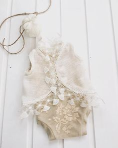 codR34 Newborn light peach Lace Bodysuit от 4LittlePrincessProps