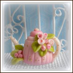 Natalia's Fine Needlework: My Collection of Dollhouse Miniature Teapots
