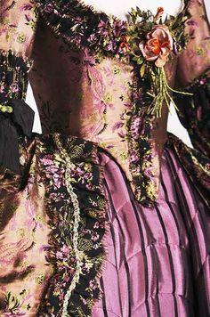 Costume Design...Gown worn by Keira Knightley in 'The Duchess', designed by Michael O'Connor, 2008. https://musetouch.org/?p=15408