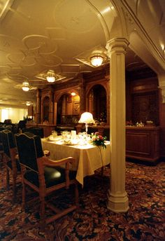 The Titanic in miniature .: Workshop - dining room columns.