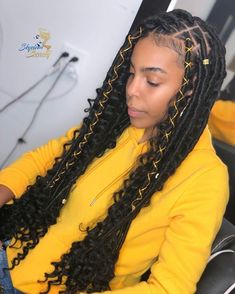 Shoulder Length Twist Braids - 50 Thrilling Twist Braid Styles To Try This Season - The Trending Hairstyle Faux Locs Hairstyles, Braided Hairstyles For Black Women, Baddie Hairstyles, African Braids Hairstyles, My Hairstyle, Short Weave Hairstyles, Protective Hairstyles, Black Girl Braids, Braids For Black Hair