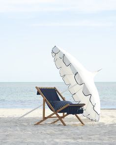 🌟Tante S!fr@ loves this📌🌟Sturdy and uncluttered, this is your classic sling chair. We gave it a twist with chic tassels and made it from weather-friendly fabric so you can relax outdoors. Outdoor Seating, Outdoor Chairs, Outdoor Furniture, Outdoor Decor, Cheap Furniture, Pool Furniture, Furniture Chairs, House Furniture, Outdoor Dining