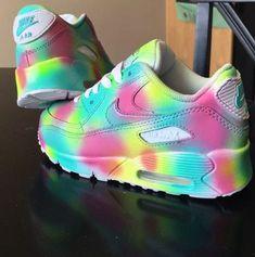 super popular 3813a 8f3bc Benutzerdefinierte Nike Air Max 90 von MiasKustomKicks auf Etsy