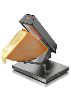 CHEESE QUATTRO: Enjoy cheese and wine with family or friends. For larger groups, the Quattro is ideal to use. The Raclette device for a quarter cheese. This set has a swivel mount and can therefore be melted on both sides. How many persons: four Raclette Party, Raclette Cheese, Packing A Cooler, A Night To Remember, Cheese Lover, How To Make Cheese, Melted Cheese, Own Home, Cookware