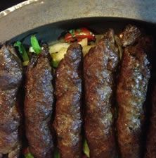 These kebabs are 6 different spices. The first time I smelled it I knew I had to find the recipe. Serve with yogurt, Arabic pita or pita souvlaki, lettuce, tomato and cucumber Thanksgiving Main Dishes, Kitchen Recipes, Cooking Recipes, Cypriot Food, The Kitchen Food Network, Middle East Food, Tasty Videos, Greek Cooking, Greek Dishes