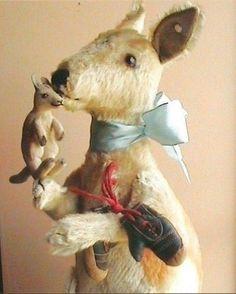 vintage mohair steiff kangaroo boxer with joey