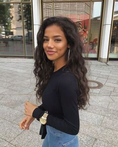 Lace Frontal Wigs Very Short Curly Hair Straight Curls Best Women Curly Wigs Best Firm Hold Gel For Curly Hair Dark Curly Hair, Long Dark Hair, Curly Bob, Curly Short, Red Hair, Brown Hair, Model Tips, Trending Haircuts, Aesthetic Hair