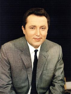 Fritz Wunderlich (1930-1966).This esteemed German tenor, who was born to a violinist mother and choir director father, was enveloped in music at an early age. Urged to pursue classical voice training by people who heard him sing as they passed, the young Wunderlich was granted a scholarship to the Freiburg Music Academy in Breisgau by the town fathers. He studied there from 1950 to 1955, also studying the classical horn which explains his almost supernatural breath control.