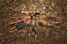 Je vous propose aujourd'hui une sélection personnelle de photographiesissues des Sony World Photography Awards 2015, une compétition gratuite et ouverte à
