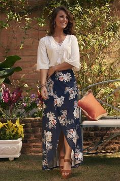 for more Spring Summer Outfit Inspiration 🌹 Modest Outfits, Skirt Outfits, Dress Skirt, Casual Dresses, Summer Outfits, Dress Up, Cute Outfits, Fashion In, Modest Fashion