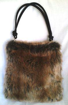 Faux Red Fox Fur Purse #EasyNip