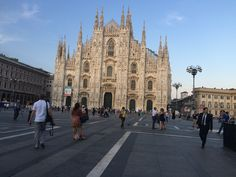 Duomo Milan Milan, Louvre, Street View, Building, Places, Travel, Lugares, Viajes, Buildings