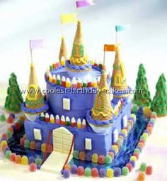 Take a look at the coolest homemade Castle cake recipes. You'll also find the most amazing photo gallery of homemade birthday cakes, how-to tips and lots of original party ideas