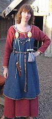 Female viking clothing descriptions