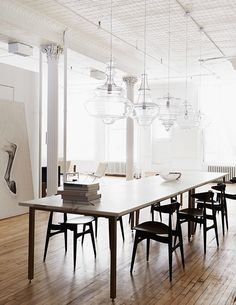 Dining room decor ideas - see more: http://www.brabbu.com/en/inspiration-and-ideas/