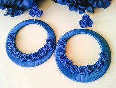 Pendientes flamenca Thread Jewellery, Lace Jewelry, Soutache Jewelry, Jewelry Crafts, Jewelery, Earring Cards, Boho Accessories, Earring Tutorial, Crafty Craft