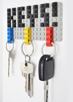 If you love DIY projects and LEGOs then this is the perfect thing for you! Check out this DIY LEGO key hanger by Felix Grauer! Lego Key Holders, Diy Key Holder, Card Holders, Wall Key Holder, Deco Lego, Key Organizer, Cool Lego Creations, Ideias Diy, Geek Decor