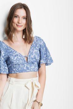 blusa cropped amarração costas