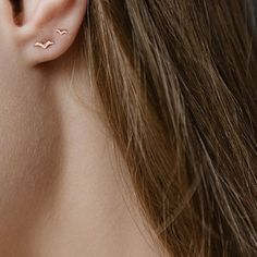 I would get a second ear piercing just for this. – Sharon Zhang I would get a second ear piercing just for this. I would get a second ear piercing just for this. Double Ear Piercings, Cute Ear Piercings, Cute Jewelry, Jewelry Accessories, Jewelry Necklaces, Hair Jewelry, Jewelry Ideas, Gold Jewelry, Dress Jewellery