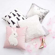 Brown Bear Cony Bunny Rabbit Lovers Throw Pillow Cases Valentines Day Cover