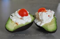 Inspirace z mého stolu Avocado Egg, Eggs, Breakfast, Ethnic Recipes, Food, Morning Coffee, Essen, Egg, Meals