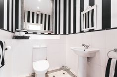 Black and White bathroom. Three bathroom home set over three floors. For rent in Repton Park. property for rent in West Essex, London. Bathroom decor. Bathroom ideas. Bathroom inspiration.