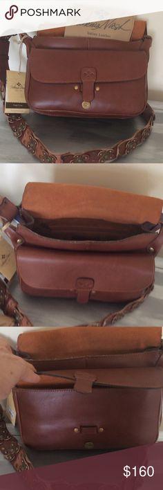 Brand New Patricia Nash bag Brand new Italian Leather Patricia Nash Strapped Vintage purse Patricia Nash Bags Crossbody Bags