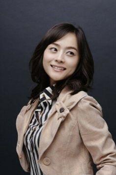 Woo Hee-jin (우희진) - Picture @ HanCinema :: The Korean Movie and Drama Database Woo Hee Jin, Jin Photo, Prom Hair, Photo Galleries, Korean, Actresses, Hair Colors, Gallery, Model