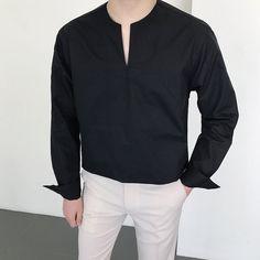 Unisex Fashion, Mens Fashion, Fashion Outfits, Concept Clothing, Outfits Hombre, Foto Fashion, Korean Fashion Men, Outing Outfit, Mens Style Guide