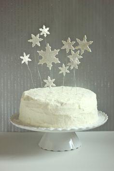 Sweet Peony: dreaming of a white Christmas cake