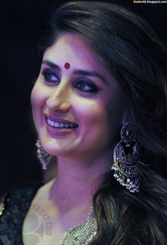 Indian Celebrities, Bollywood Celebrities, Bollywood Actress, Actress Anushka, Kareena Kapoor Bikini, Kareena Kapoor Khan, Randhir Kapoor, Indian Face, Karisma Kapoor
