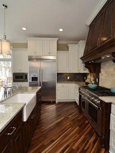 48 Stunning Dark Wood Floor Ideas Kitchen - Modern Home Design Style At Home, Floor Design, House Design, Architecture Design, Home Interior, Interior Design, Sweet Home, Floor Layout, D House