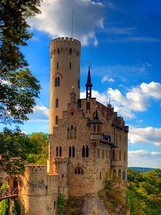 Lichtenstein Castle. situated on a cliff located near Honau in the Swabian Alb, Baden-Württemberg, Germany.