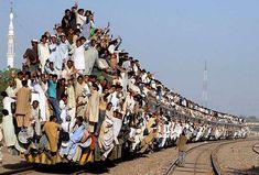 Met z'n allen met de trein.