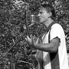 The Extraordinary Country Singer : Ducky-Jim-Trio  05 (n&b)(h) with le panasonic fz 1000  285.000 photos by Olavia Olao - Okaio Créations 2014