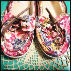 Rock & Candy // Hula Boat shoes // floral