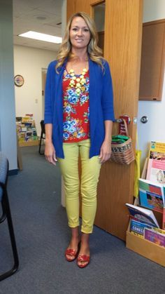Teacher's blog for her outfits....Love every outfit!